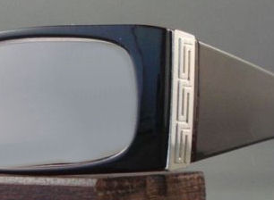 Example of pebble scratches work done by EyeglassesDepot.com